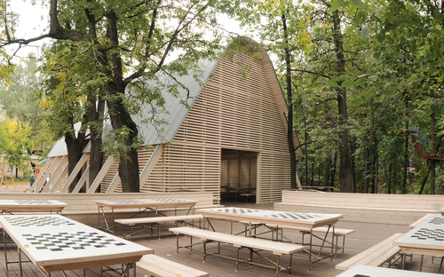 Summer pavilion in the Neskuchny garden 11